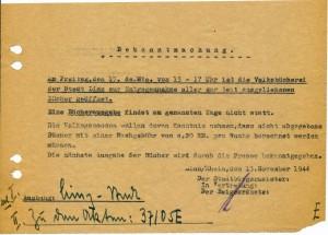 """Letzte Bekanntmachung zur Öffnung der Volksbücherei vom 13. November 1944. Der """"totale Kriegseinsatz"""" schränkte das kulturelle Leben beinahe zur Gänze ein."""